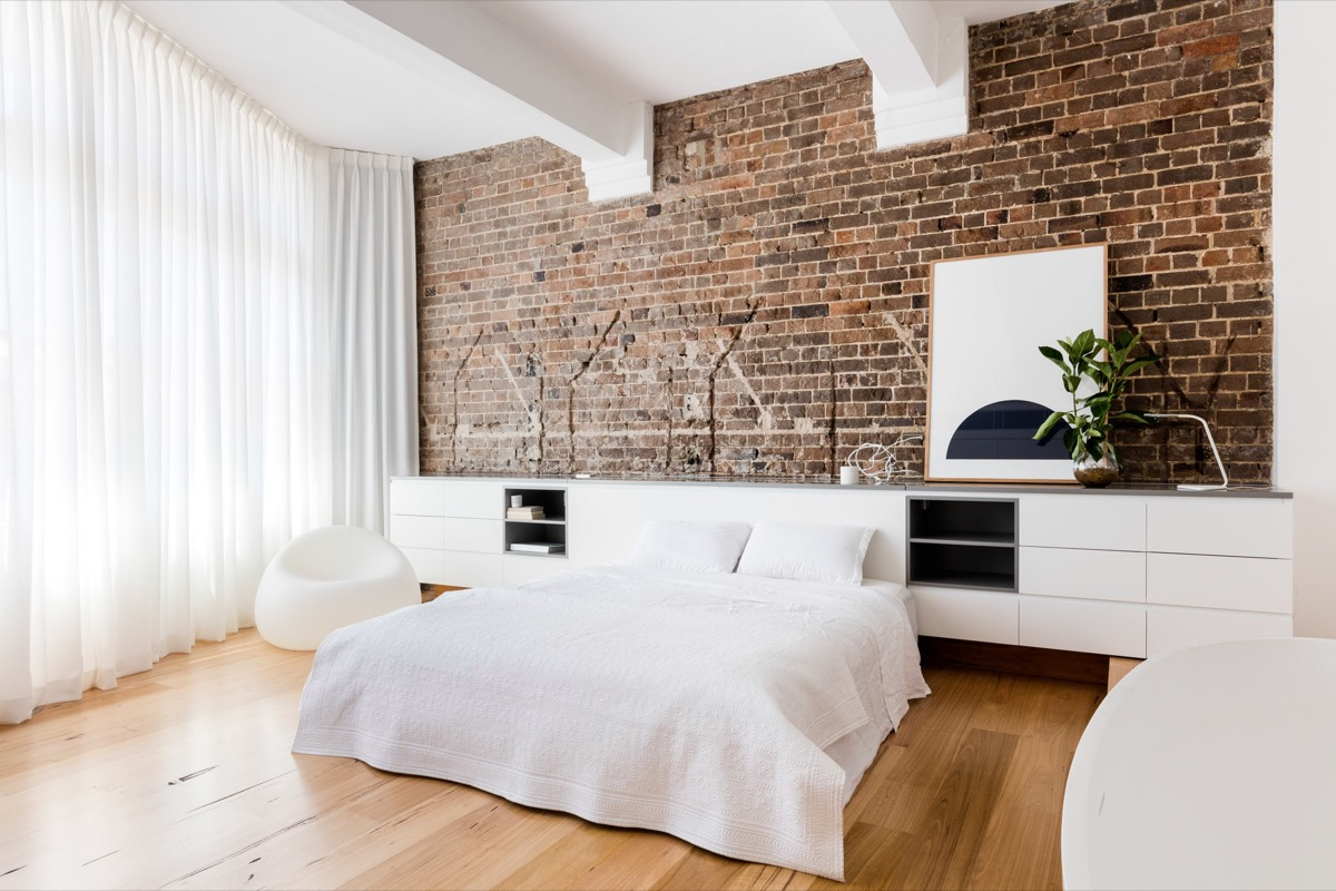 amusing brick accent wall bedroom | 10 Beautiful Examples Of Bedroom Accent Walls - D.Signers