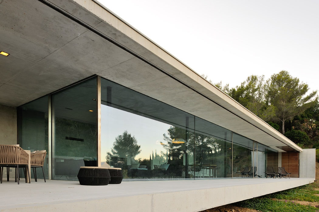 La Mira Ra House by Aum Pierre Minassian 7-min - D.Signers
