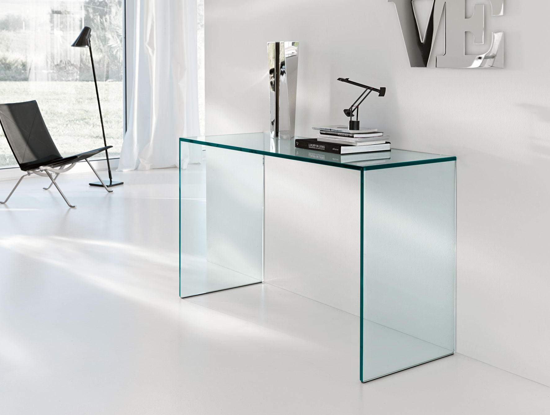 U201cTransparent Objects Can Be Chic And Functional At The Same Timeu201d