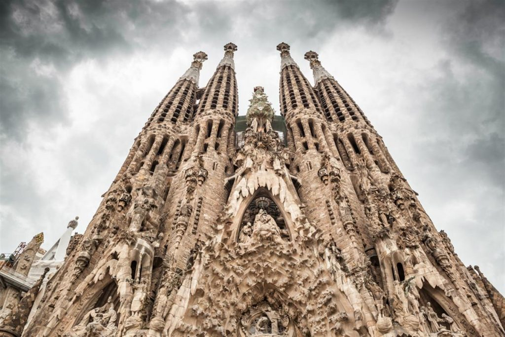 How The Sagrada Família In Barcelona Will Look Once Completed D S